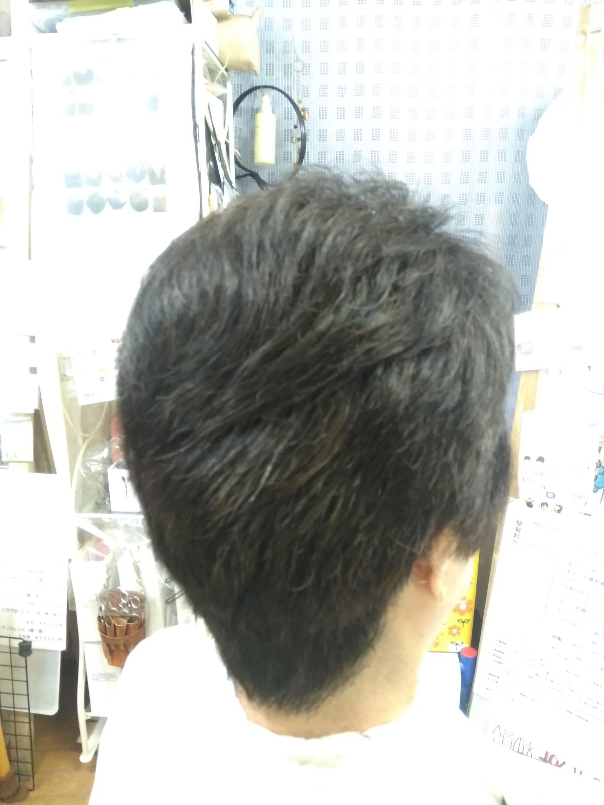 キュビズムカット くせ毛 200511